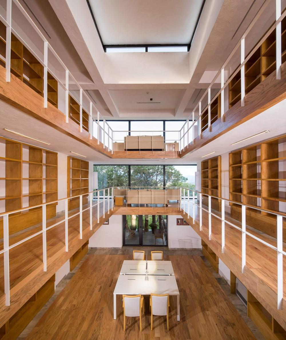 Biblioteca de Casa de Retiro Sierra de Coahuila