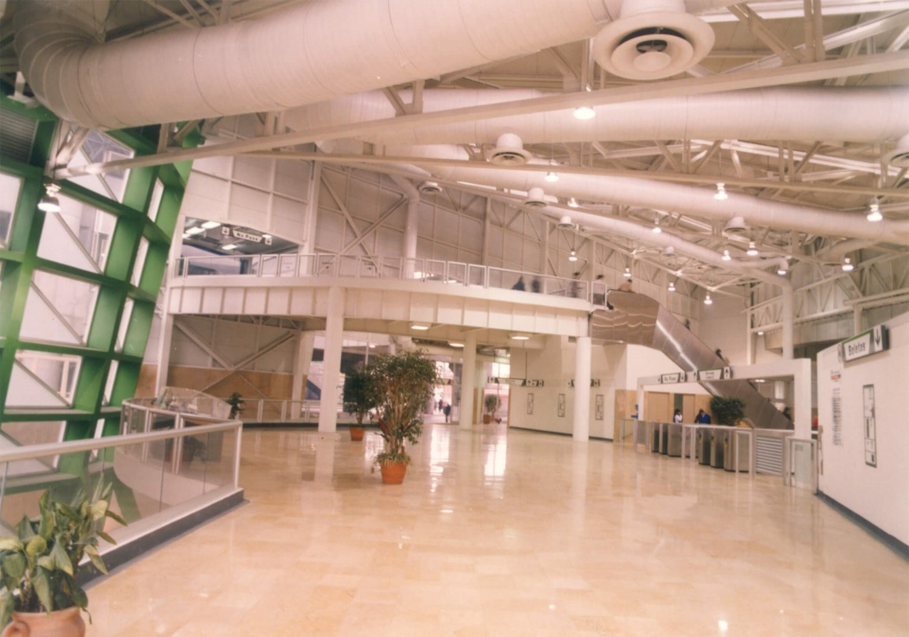Interior de Estación Cuauhtémoc
