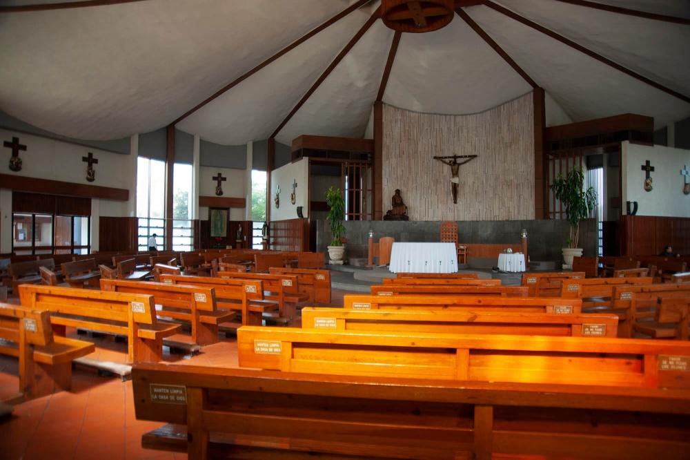 Interior de Iglesia San Francisco de Asis