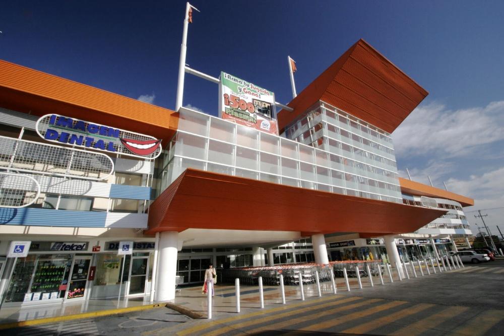 Exterior de tienda Soriana San Nicolás