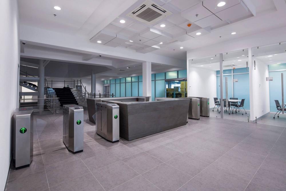 Interior de Yakazi Services